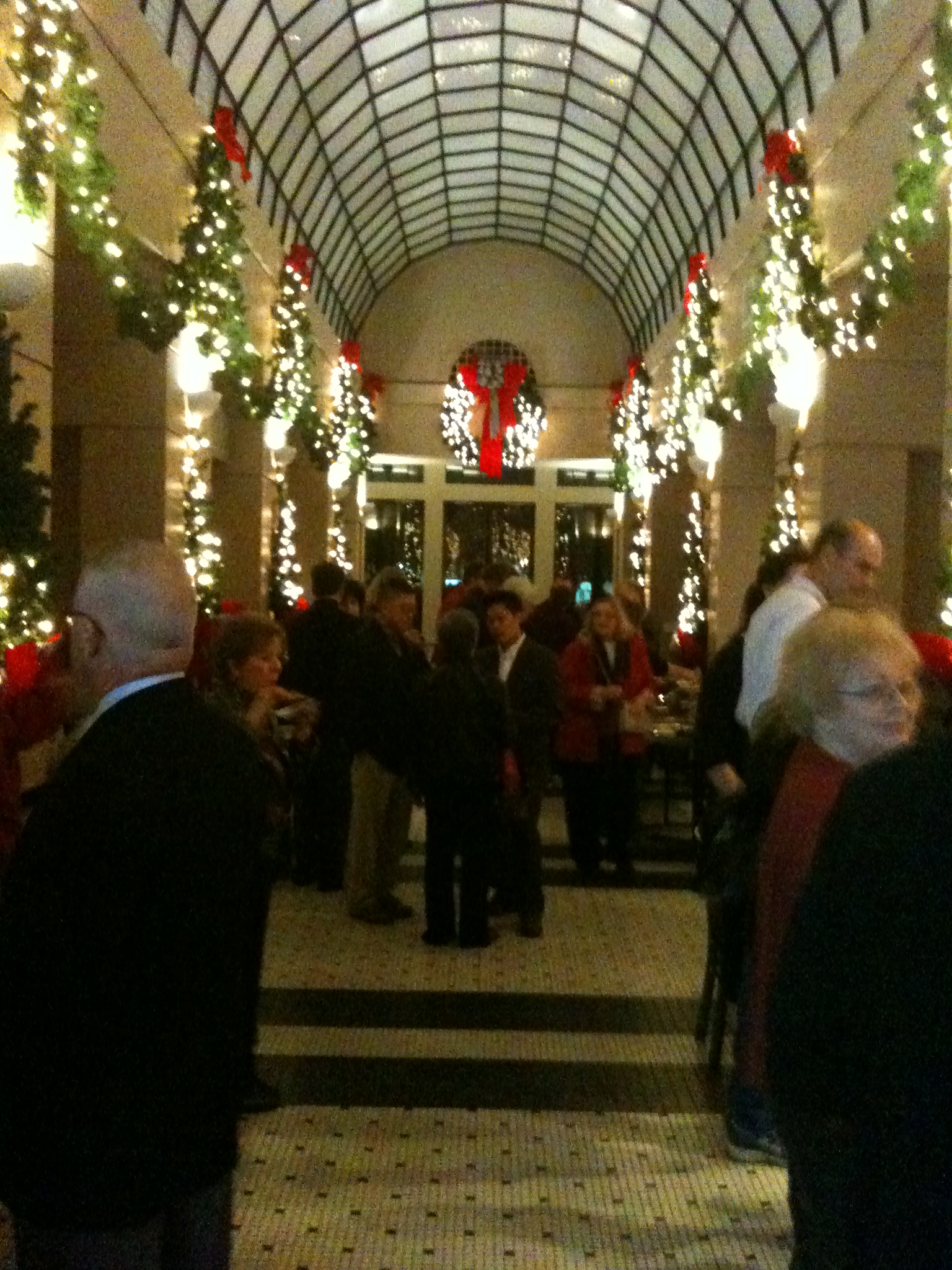 Opera Christmas Event at Galleria in Downtown Fresno | Kcmaul\'s Blog
